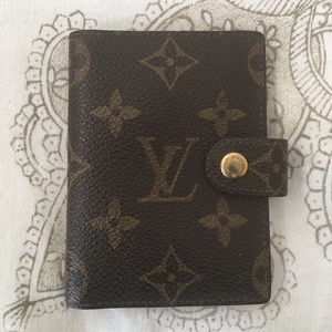 Vintage Louis Vuitton Card Holder w/ Snap Closure
